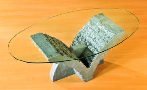 B/D kis v asztal