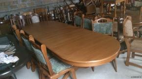 12 személyes bővíthető étkező asztal