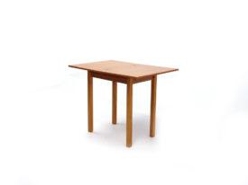 3. Szín: Éger asztal