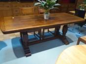 40701. Rusztikus tölgyfa étkező asztal.