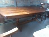 500210. intarziás étkező asztal