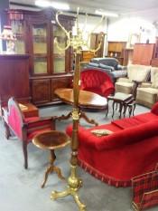 50969. Barokk dohányzóasztal.