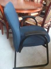 60420. Irodai szék 3 db.