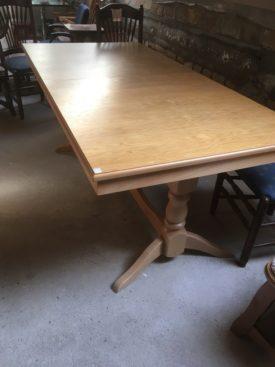 60276. 14 Személyes Nagy asztal.