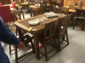 70943. Rusztikus tömör fa étkező asztal.