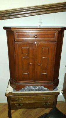 S80151. Barokk kétfiókos szekrényke. (Alsó).