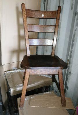Fa ülőlapos fa szék.