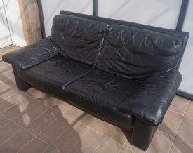 Bőr kanapé.