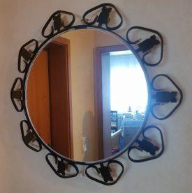 Kovácsoltvas keretes tükör