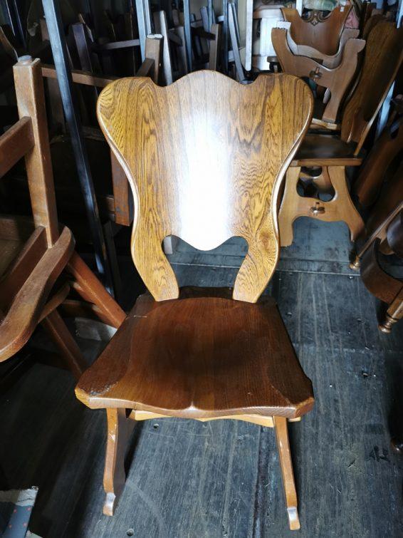 Íves fa szék.