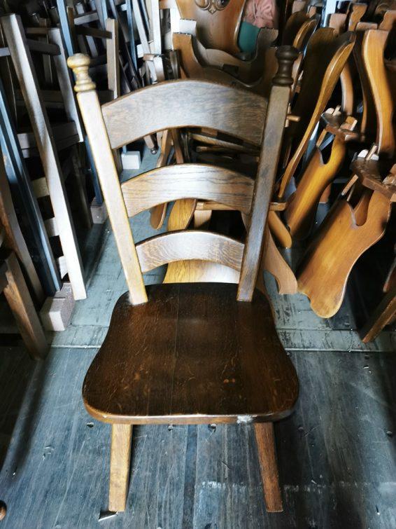 Holland tölgyfa szék.